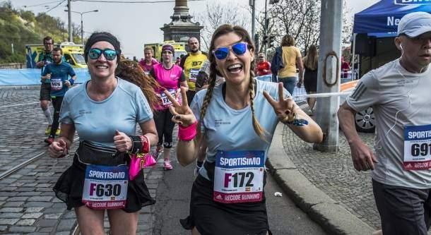 Calendario Mezze Maratone 2020 Italia.Mezza Maratona Di Praga 21k Sportisimo Prague Half